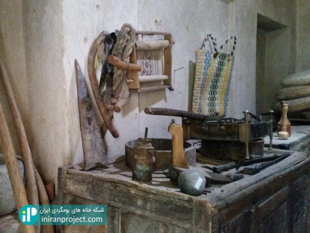 تصویر از لوازم داخلی یک اتاق از یک خانه گرجی