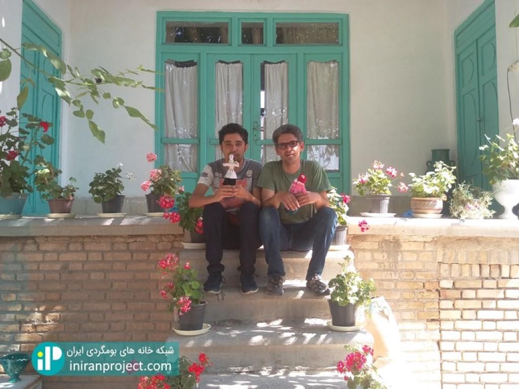 تصویر مهدی جواهری، مدیریت خانه بومگردی جواهری
