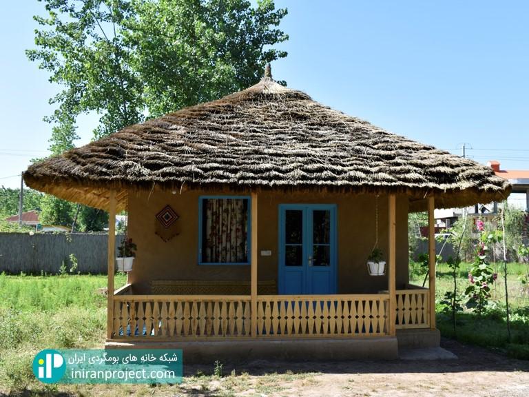 تصویری از زیباترین اتاق در خانه بومگردی تلارخانه بردبار