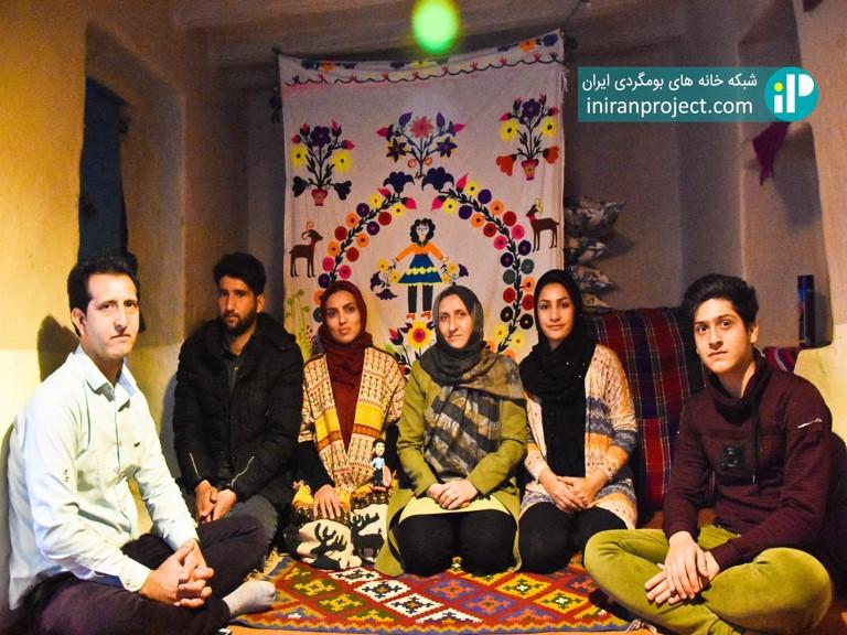 خانه بومگردی بام ساسنگ یکی از خانه های بومگردی استان گلستان