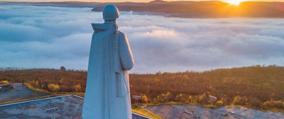 مجسمه آلیوشا نماد شهر مورمانسک