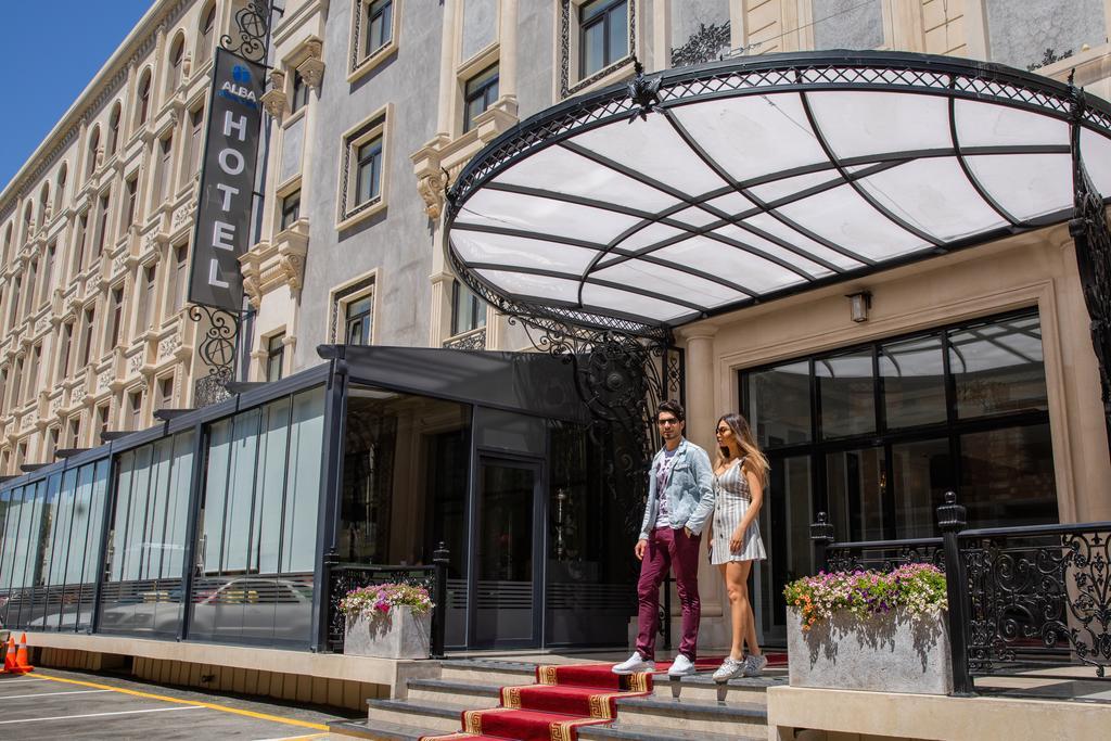 هتل 5 ستاره Alba Hotel یکی از هتل های تور باکو نوروز 99